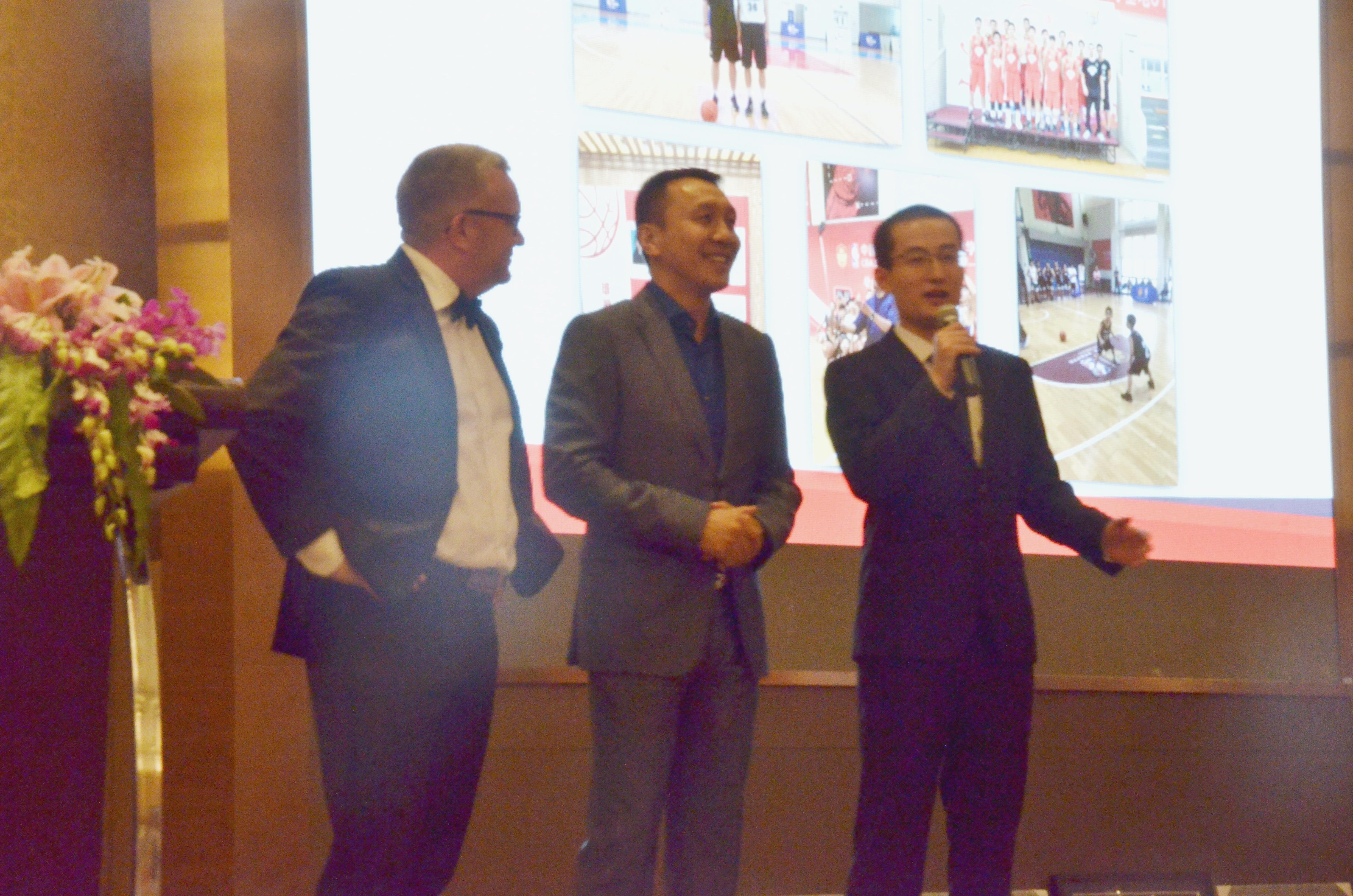 guangzhou expat community